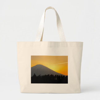 Imagen hermosa del monte Fuji en Japón Bolsas De Mano