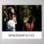 Imagen II de los días de la nave espacial Posters