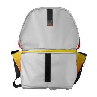 imagen inferior amarilla superior roja del persona bolsa messenger