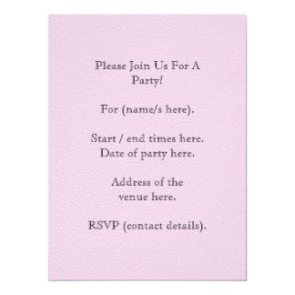 Imagen modelada rosa, con la letra de encargo del invitación 16,5 x 22,2 cm