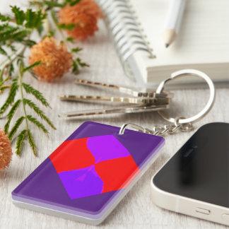 Imagen retra llavero de acrílico púrpura y rojo de