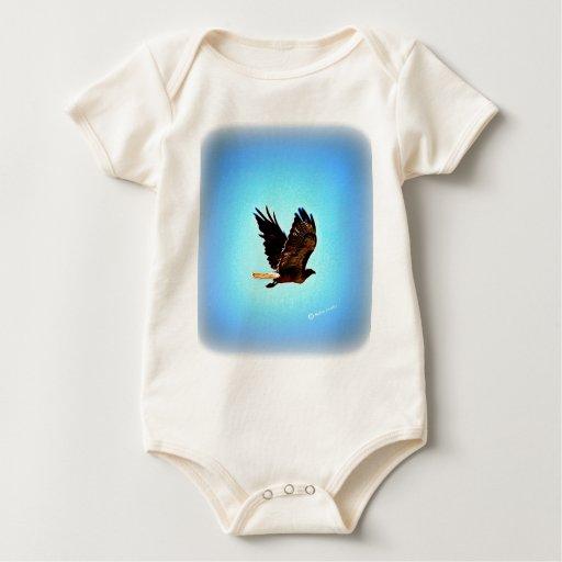 Imagen roja del halcón de la cola trajes de bebé