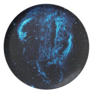 Imagen ultravioleta de la nebulosa del lazo del platos de comidas