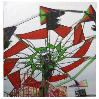 Imagen verde y roja del paseo del planeador justo  servilletas de papel
