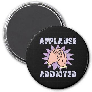 Imán adicto del aplauso
