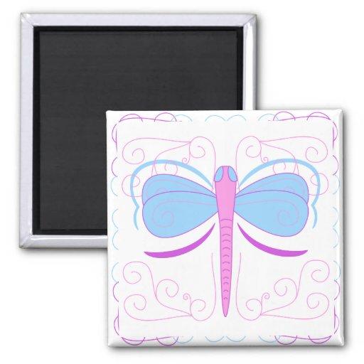Imán azul y púrpura bonito de la libélula