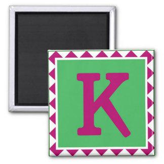 """Imán colorido de la letra """"K"""" -"""