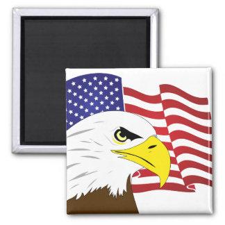 Imán con Eagle y la bandera de los E.E.U.U.
