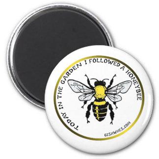 Imán de la abeja de GISHWHES
