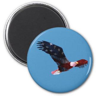 Imán de la bandera americana de Eagle calvo
