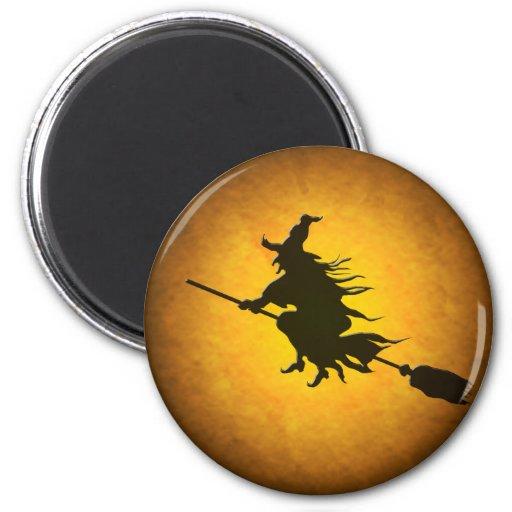 Imán de la bruja del vuelo de Halloween