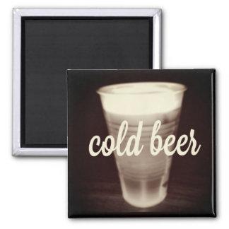 Imán de la cerveza fría