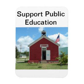 Imán de la enseñanza pública de la ayuda