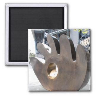 Imán de la escultura del guante de béisbol