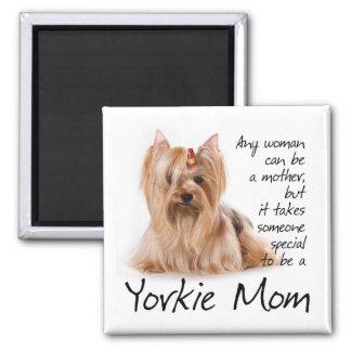 Imán de la mamá de Yorkie