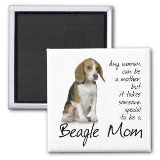 Imán de la mamá del beagle