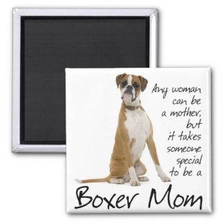 Imán de la mamá del boxeador