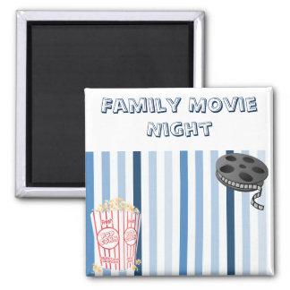 Imán de la noche de película de la familia
