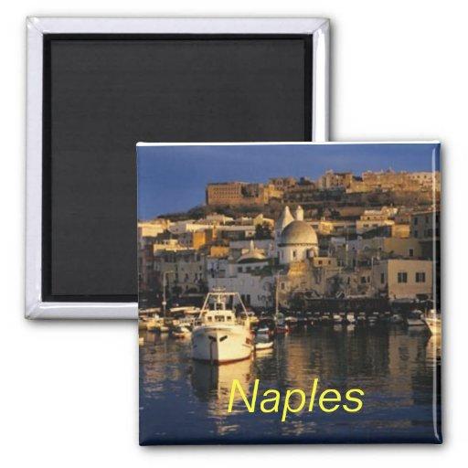 Imán de Nápoles Italia