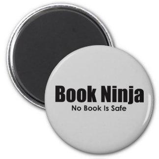 Imán de Ninja del libro