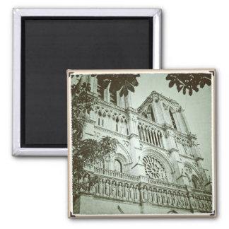 Imán de Notre Dame