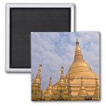 Imán de Shwedagon Paya