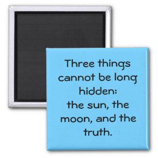 "Imán de ""tres cosas"""