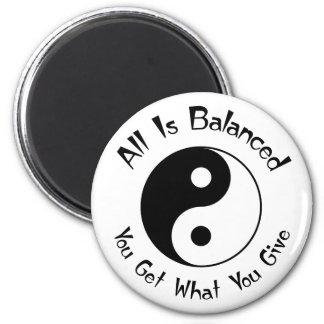 Imán de Yin Yang de la balanza