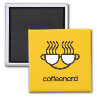 Imán del amarillo del empollón del café