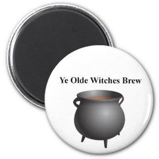 Imán del Brew de las brujas de YE Olde