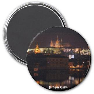 Imán del castillo de Praga de la noche