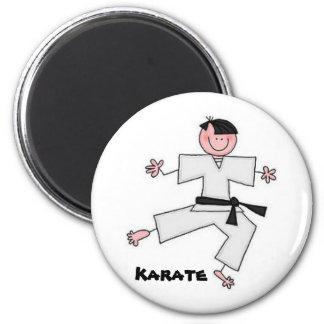 Imán del dibujo animado del karate