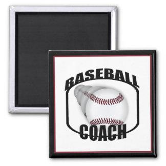 Imán del diseño del entrenador de béisbol