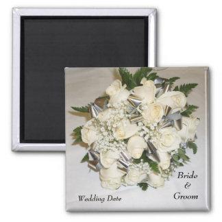 Imán del favor del boda del ramo de los rosas blan