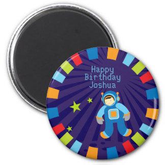 Imán del feliz cumpleaños de la era espacial