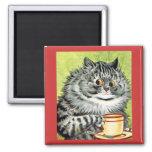 Imán del gato de la taza de té de Louis Wain