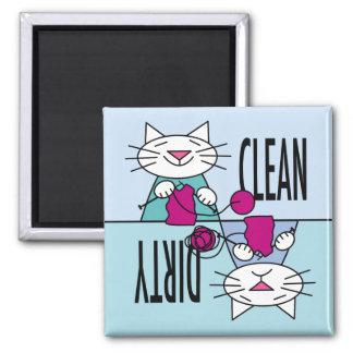 Imán del lavaplatos de los gatitos que hace punto