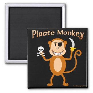 Imán del mono del pirata