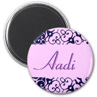 Imán del nombre del diseñador de Aadi