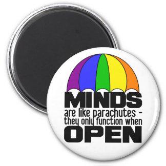 Imán del paracaídas del arco iris