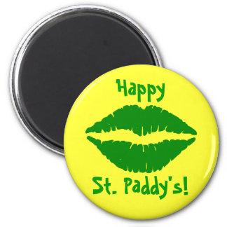 Imán del refrigerador de St Patrick verde del beso