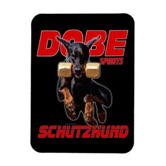 Imán del salto del schutzhund del Pinscher de Dobe