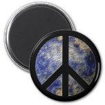 Imán del signo de la paz del globo del mundo