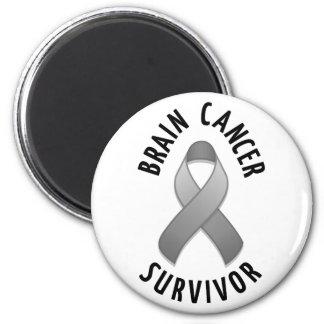 Imán del superviviente del cáncer de cerebro