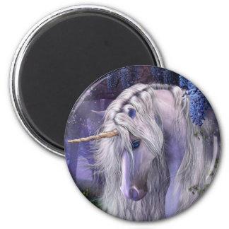 Imán del unicornio de la serenata del claro de lun