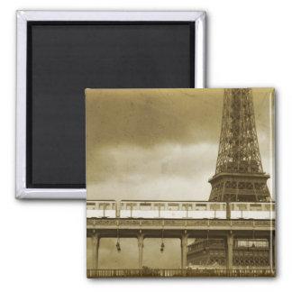Imán del vintage de la torre Eiffel
