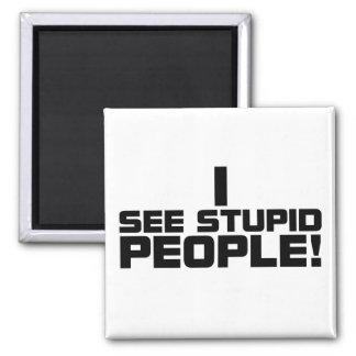 Imán estúpido de la gente