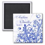 Imán floral abstracto azul y blanco del boda