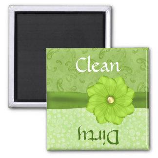Imán floral verde bonito del lavaplatos