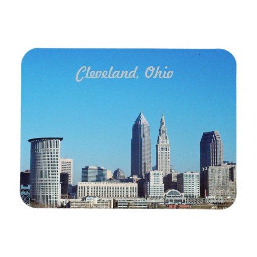 Imán grande de Cleveland OH del cielo azul